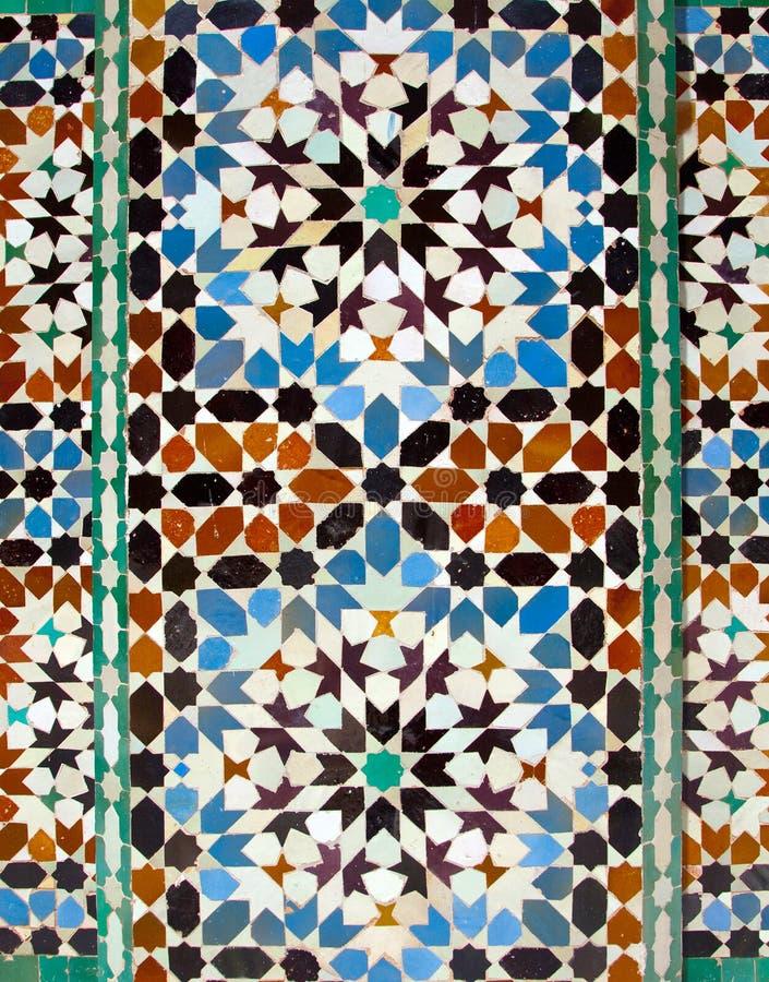Tuiles chez Ali Ben Youssef Madrassa à Marrakech image libre de droits