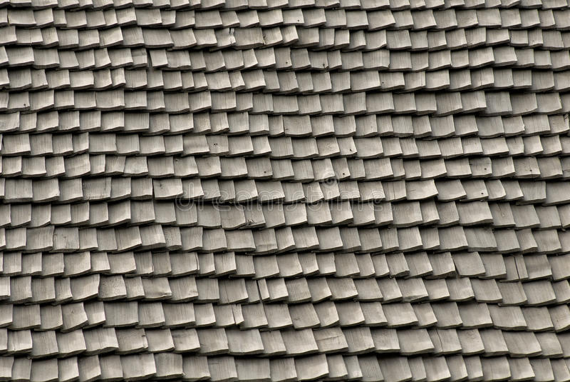 Tuiles de toit faites de bois photographie stock libre de droits