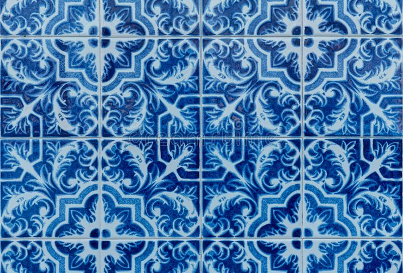 Tuiles glacées portugaises traditionnelles photographie stock