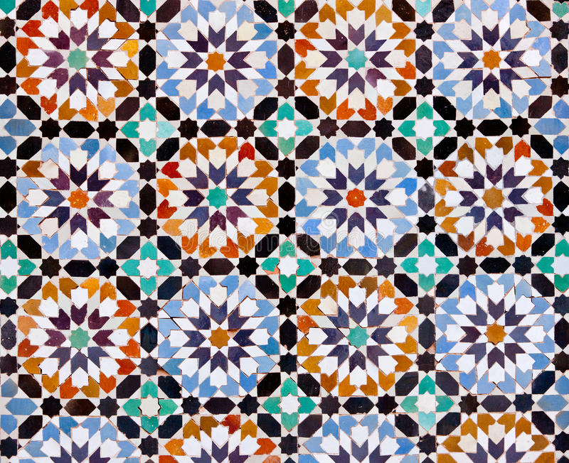 Tuiles marocaines à Marrakech image libre de droits
