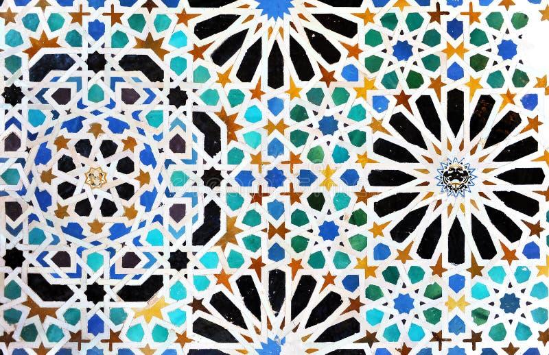 Tuiles vitrées, azulejos, palais d'Alhambra à Grenade, Espagne image stock