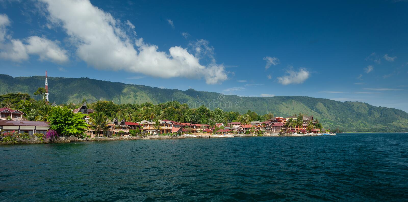 Tuk Tuk, Samosir, lago Toba, Sumatra imagens de stock royalty free