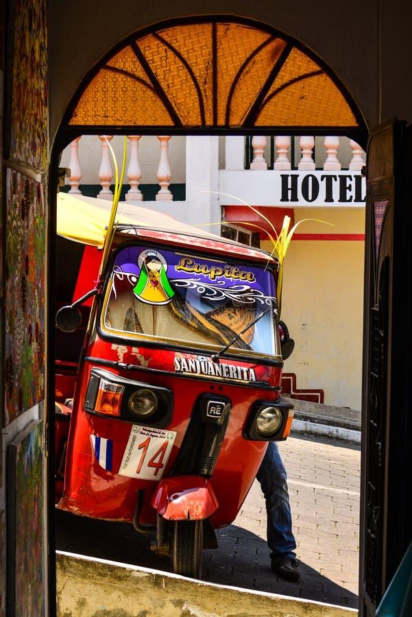 Tuk Tuk在危地马拉 免版税库存照片