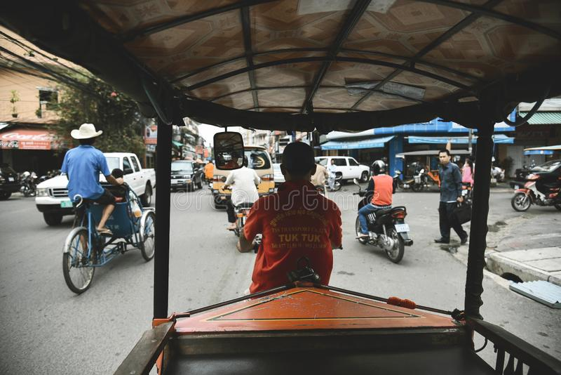 Tuku Tuk pojazdy na drodze i taxi zdjęcie stock