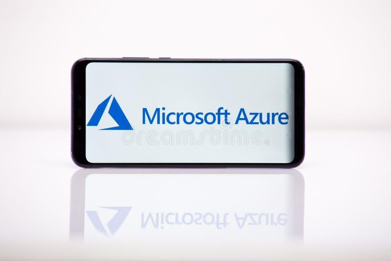 Tula 2. 08. 2019 Microsoft Azure på telefonskärmen arkivbild