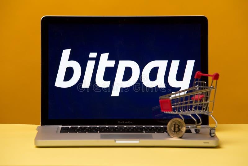 Tula, Rusland 17 06 2019 Bitpay op de laptop vertoning royalty-vrije stock afbeelding
