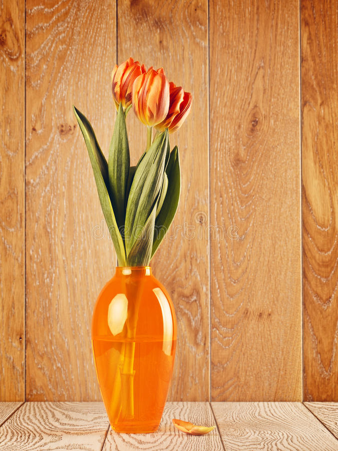 Tulip Flowers Bouquet In Vase stock fotografie