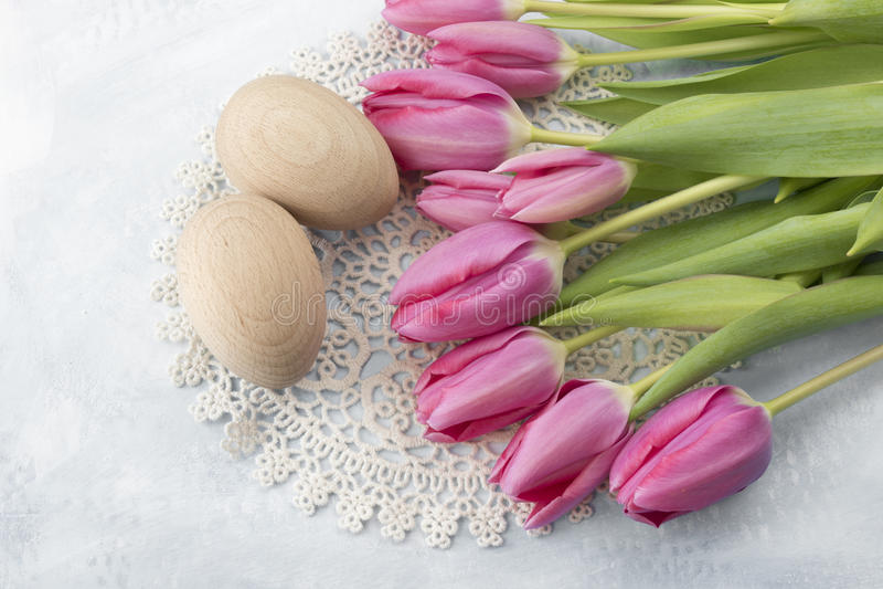 Tulipanes de Pascua imagen de archivo