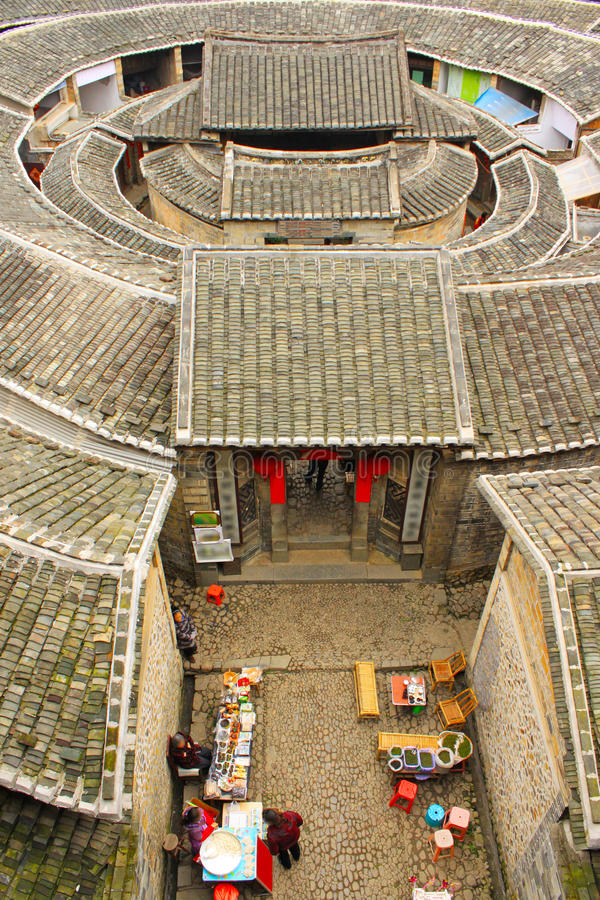 Tulou de desatención de fujian de tierra en China imagen de archivo libre de regalías