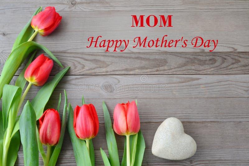 Tulpenblumen für Muttertag lizenzfreies stockbild