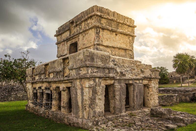 Tulum古老玛雅人考古学站点在尤加坦墨西哥 免版税库存图片