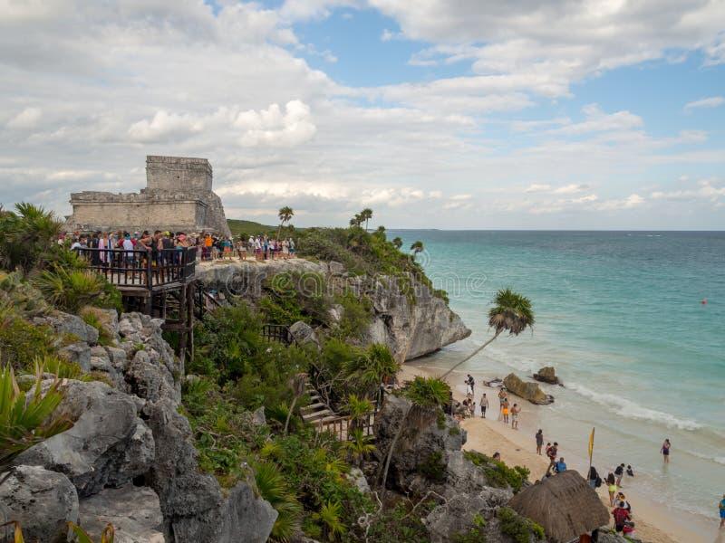 Tulum, México, Suramérica: [Ruinas de Tulum de la ciudad maya antigua, del destino turístico, del mar del Caribe, del golfo, de l foto de archivo
