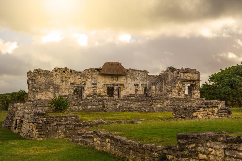 Tulum Maya Archeological Site antigua en Yucatán México imagenes de archivo