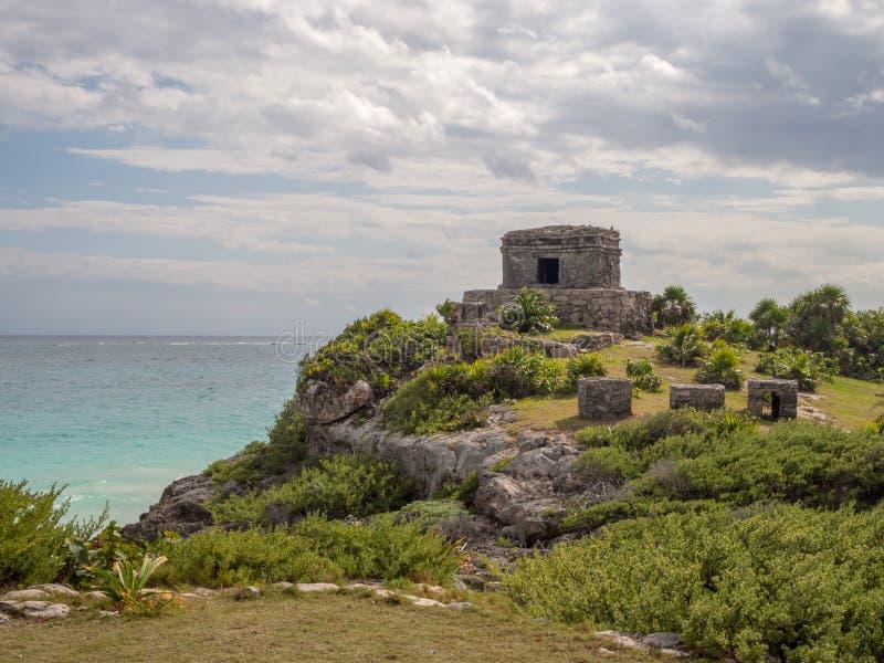 Tulum, Mexiko, Südamerika: [Tulum-Ruinen der alten Mayastadt, des touristischen Bestimmungsortes, des karibischen Meeres, des Gol stockbild