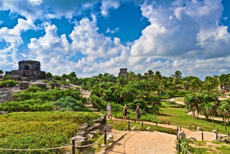 Tulum, opinión asombrosa de ruinas mayas, península del Yucatán, México de México imagen de archivo