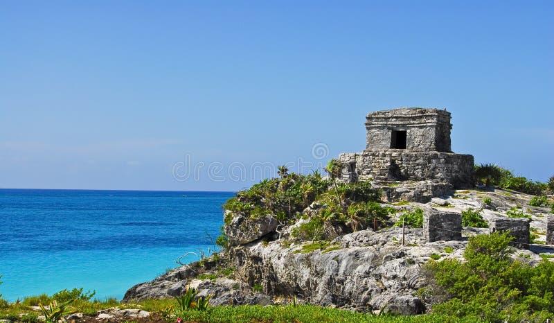 Tulum Ruinen im Paradies lizenzfreie stockfotos