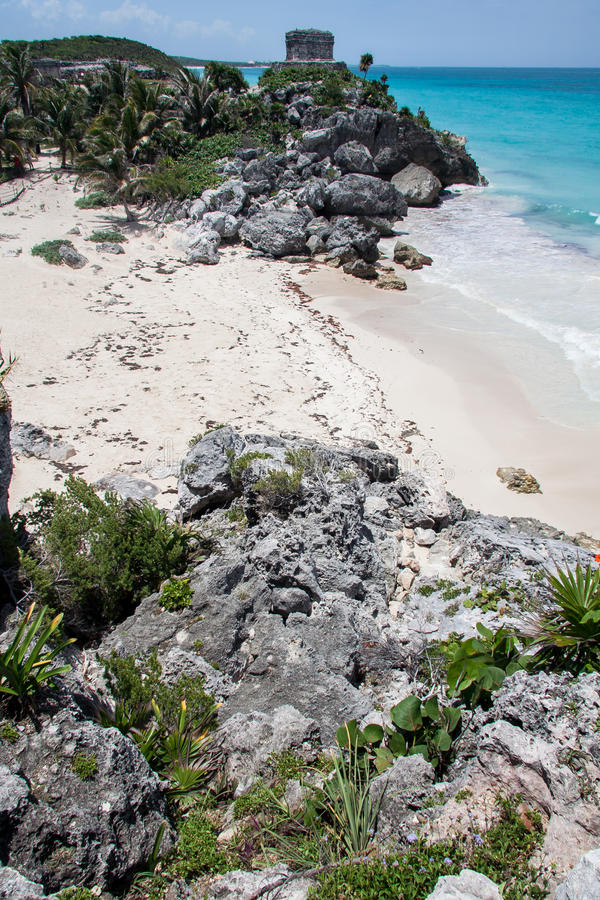 Download Tulum Ruins Temple And Beach Yucatan Mexico Royalty Free Stock Images - Image: 26143179