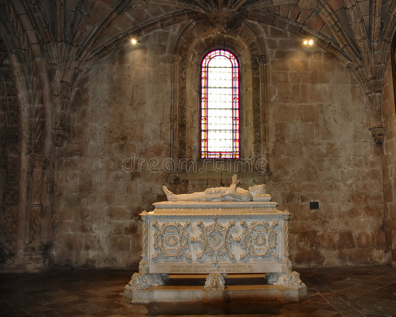 Download Tumba foto de archivo. Imagen de tumba, iglesia, cristal - 175880