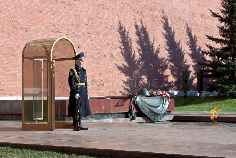 Tumba conmemorativa del soldado desconocido en Moscú fotografía de archivo libre de regalías