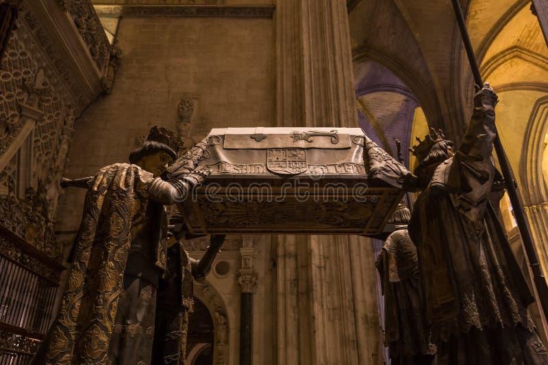 Tumba de Cristóbal Colón, catedral de Sevilla, Sevilla, España imagen de archivo