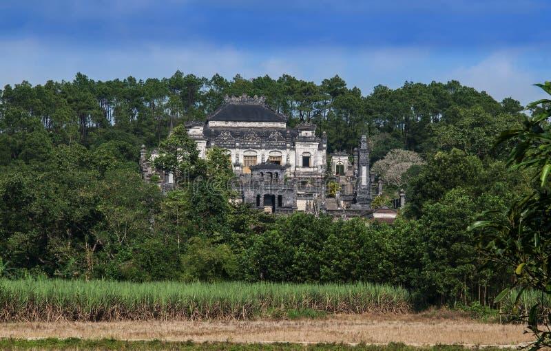 Tumba de Khai Dinh, tonalidad, Vietnam. Sitio del patrimonio mundial de la UNESCO. imagen de archivo