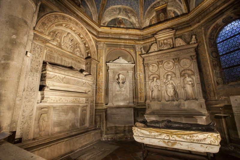 Tumba de los cardenales Cristoforo y Domenico della Rovere 1479 Santa Maria del Popolo Church fotografía de archivo libre de regalías