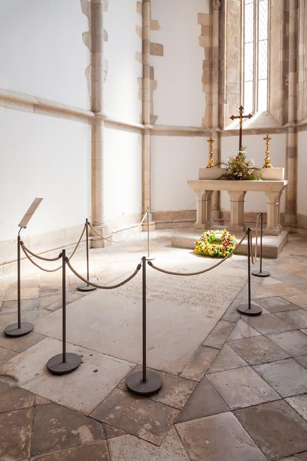 Tumba de Pedro Alvares Cabral, el descubridor del navegador del Brasil, en la iglesia de Santo Agostinho da Graca imágenes de archivo libres de regalías