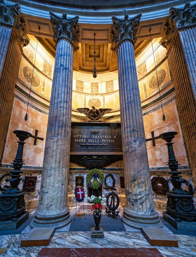 Tumba del rey italiano Victor Emanuel II en el panteón, Roma fotografía de archivo
