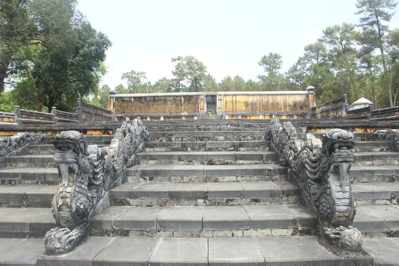 Tumba del ` s de rey Gia Long, fundador de Nguyen Dynasty, tonalidad, Vietnam imagen de archivo