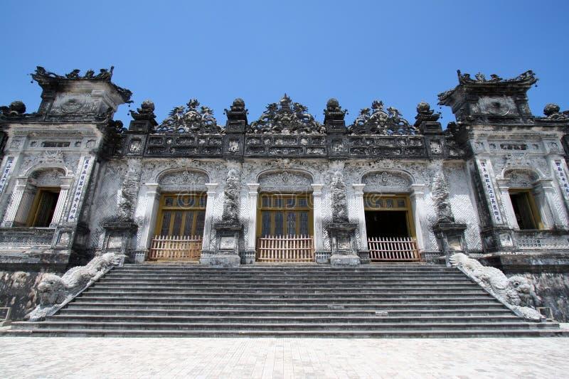Tumba Vietnam de Dinh del emperador imagen de archivo