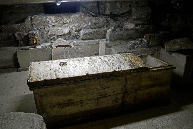 Tumbas de la iglesia del santo Lazarus, Larnaca, Chipre foto de archivo
