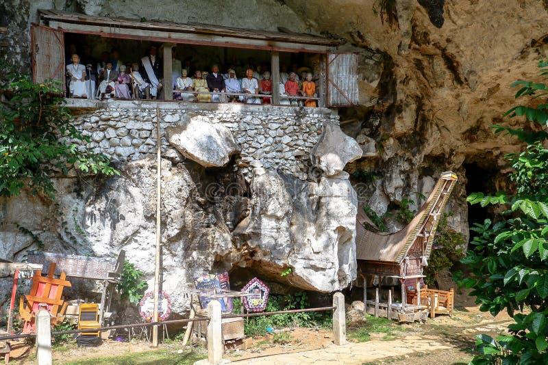Tumbas de Torajan en Sulawesi, Indonesia foto de archivo libre de regalías