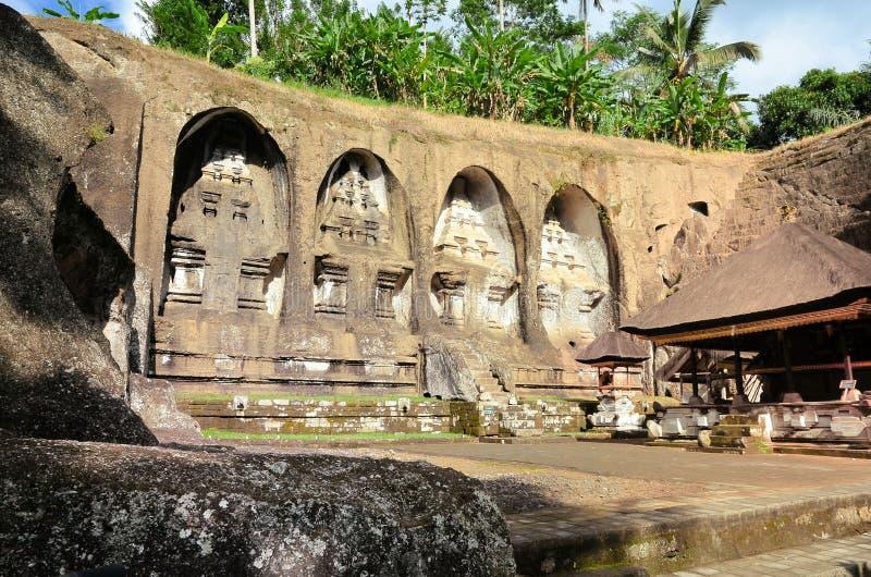 Tumbas en Gunung Kawi fotografía de archivo libre de regalías