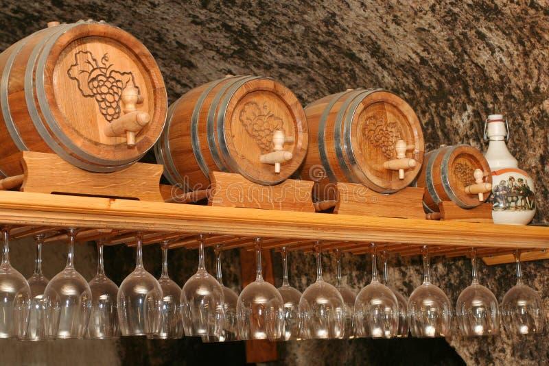 tun wineglasses piwnicy win fotografia stock