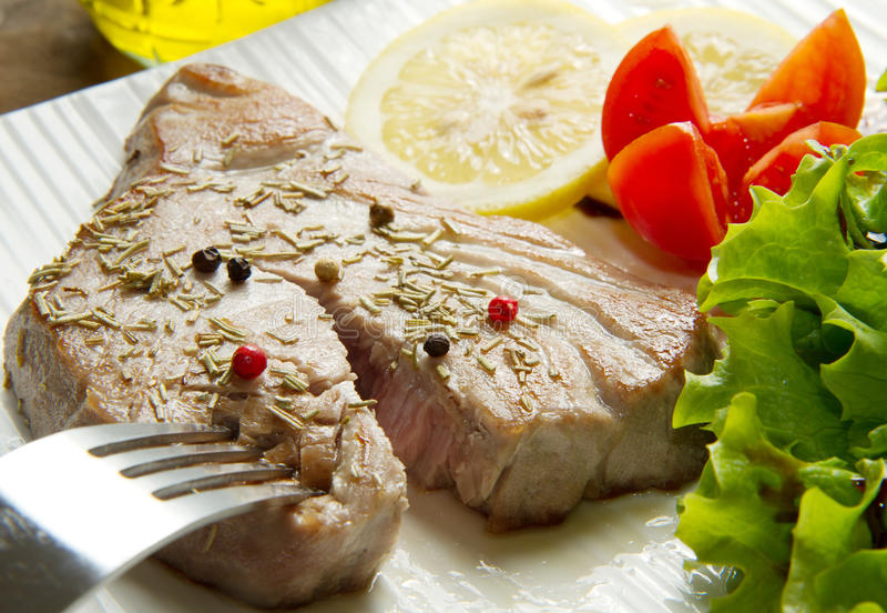 Tuna Filet With Salad Royalty Free Stock Image