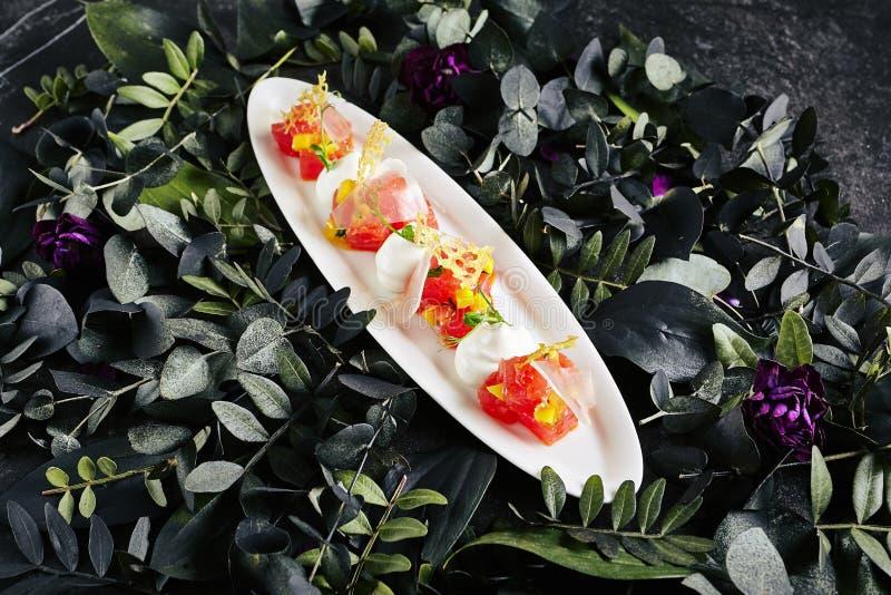 Tuna Fillet e parmigiano fotografie stock libere da diritti