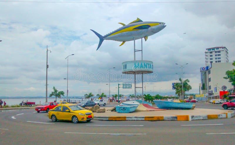 Tuna Monument i Manta, Ecuador royaltyfri bild
