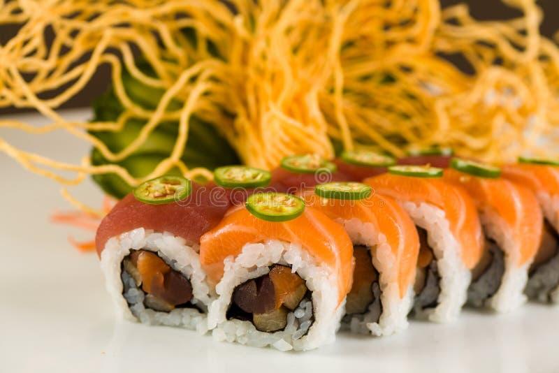 Tuna Roll épicée images stock