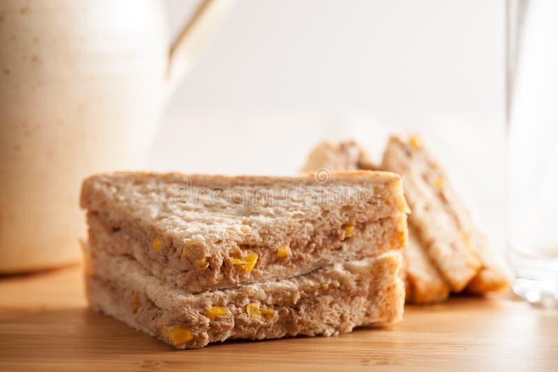 Tuna Sweetcorn Mayonnaise Sandwich royaltyfria bilder