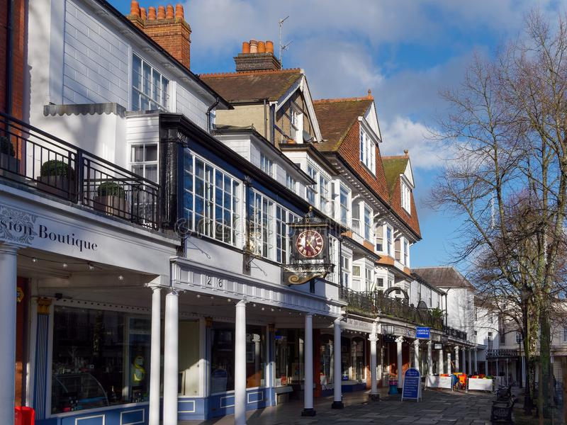 TUNBRIDGE WELLS, KENT/UK - JANUARY 5 : View of the Pantiles in R. Oyal Tunbridge Wells on January 5, 2018 royalty free stock photography