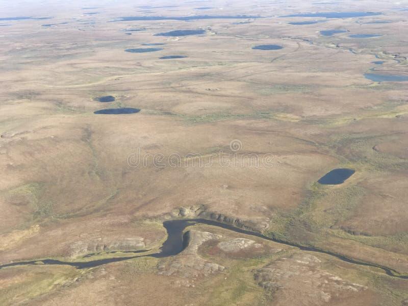 Tundrowy rzeka strzał od powietrza obrazy royalty free