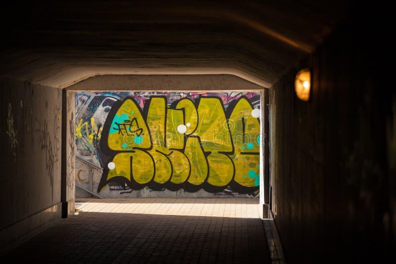 Tunel fotografering för bildbyråer