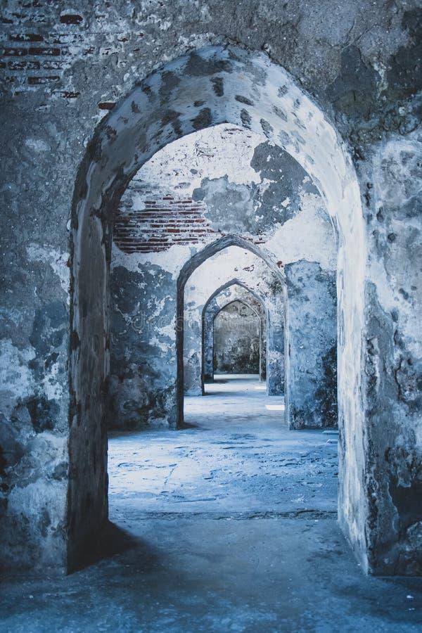 Tunel dentro la prigione di Veracruz Messico fotografia stock