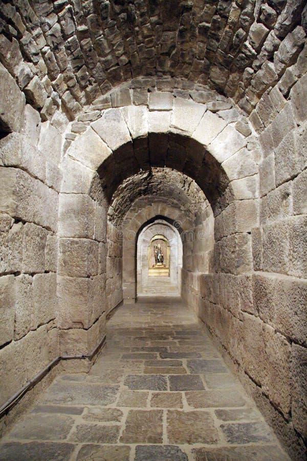 Tunel en una cripta fotografía de archivo libre de regalías