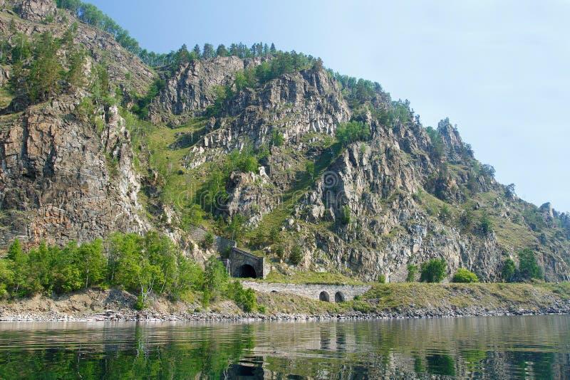 Tunel na Baikal linii kolejowej obrazy stock