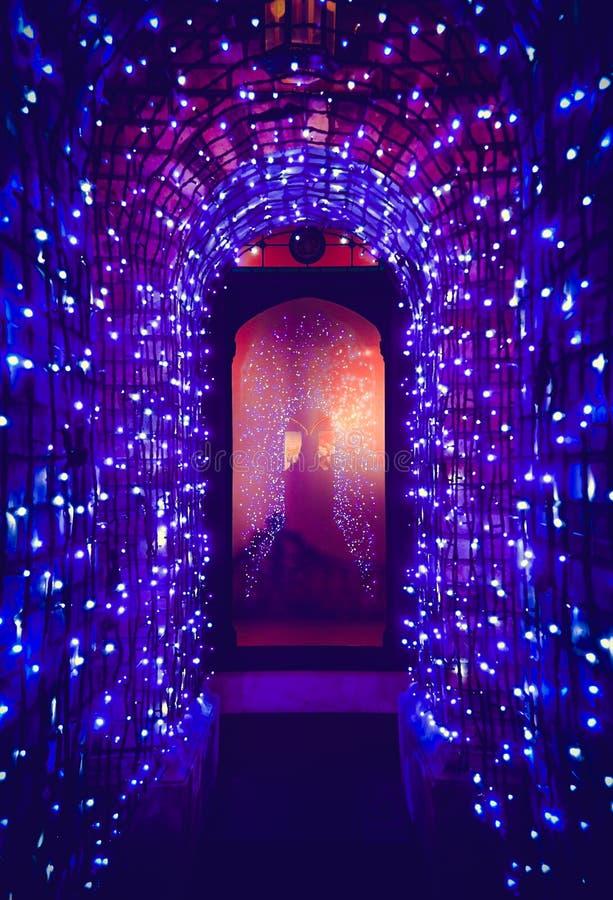 Tunelu światło w święto bożęgo narodzenia fotografia stock