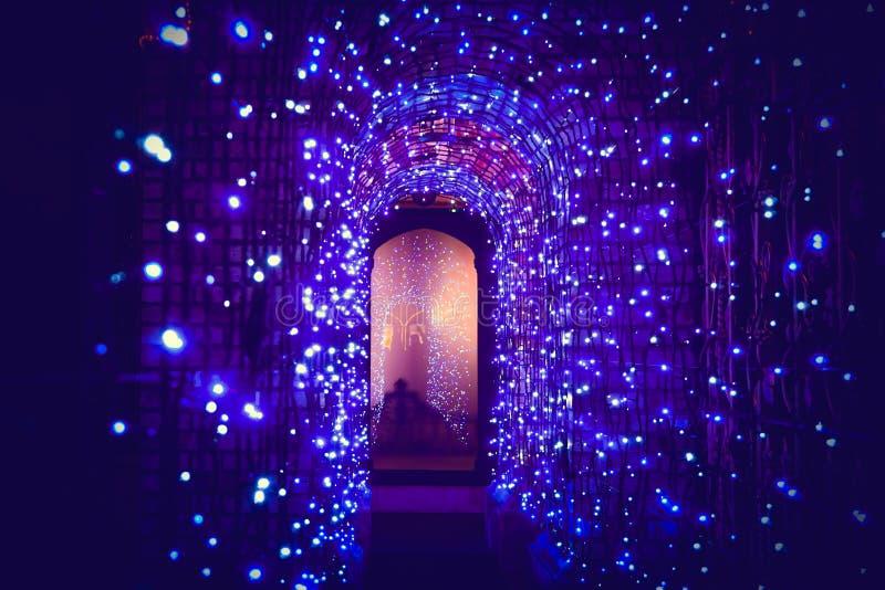 Tunelu światło w święto bożęgo narodzenia zdjęcie stock
