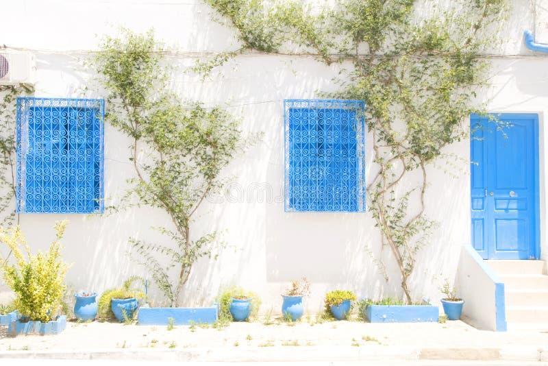 Tunesische Architektur Tunesien Afrika Sidi Bou besagt stockfoto