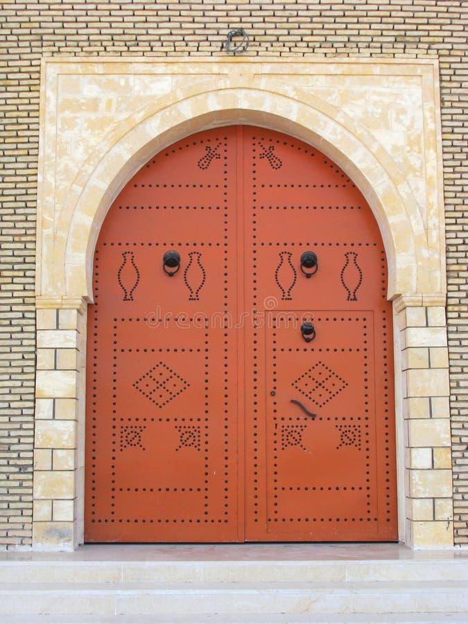Tunesische Tür lizenzfreies stockfoto