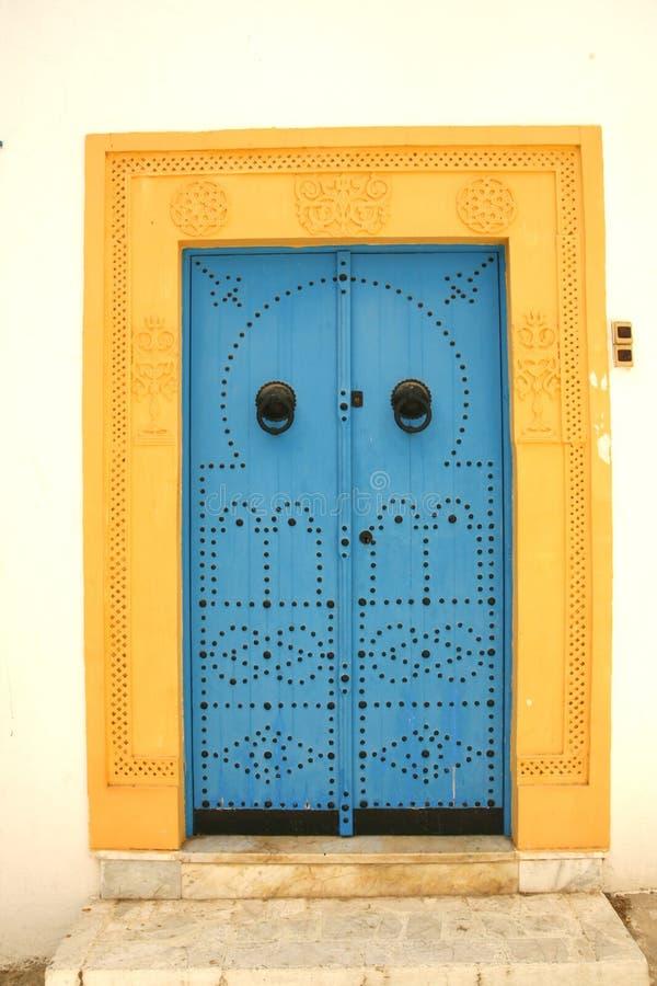 Tunesische Tür stockfotos